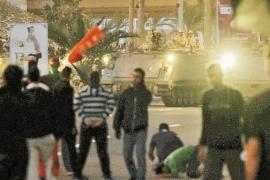 El Ejército intenta sofocar a tiros las revueltas populares en Bahréin