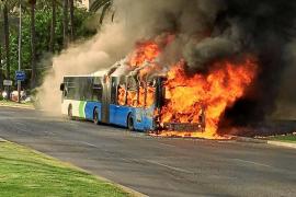 Los peritajes no aclaran las causas de los incendios de los autobuses de la EMT