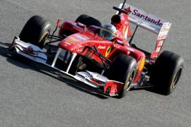 Alonso 'celebra' el problema del coche porque presagia un buen año