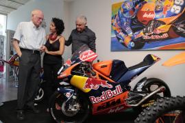 Inaugurada la exposición 'Luis Salom, trayectoria de un campeón'