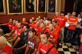 Los bomberos de Palma paralizan las movilizaciones tras llegar a un acuerdo con Cort