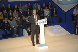 Pastor niega el giro españolista del PP y dice que el partido «piensa en regionalismo» en alusión a Font