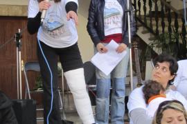 La comunidad educativa de Ses Marjades de Sóller se moviliza contra el cierre de la escuela