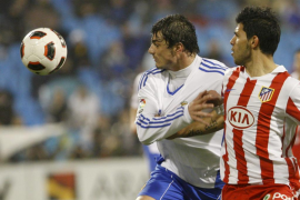 El Atlético y el «Kun» rompen sus malas rachas y dejan a Zaragoza tocado