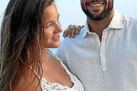 Malena Costa y Mario Suárez se han casado en Mallorca
