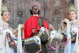 La procesión de las Àguiles mantiene el cordero pese a las denuncias animalistas