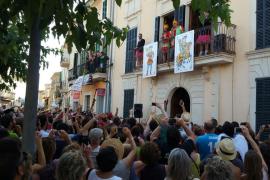 Campanet se disfraza en su XIII Carnaval d'Estiu 2017