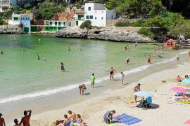 Una turbina evitará el color verdoso del agua este verano en Cala Santanyí