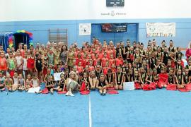 Los clubes de gimnasia rítmica de Ibiza cierran la temporada con un evento por todo lo alto