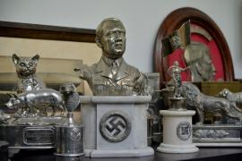 Incautan 75 reliquias nazis ocultas en la vivienda de un coleccionista de arte