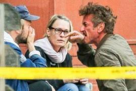 Un iracundo Sean Penn discute en plena calle con el novio de su hija