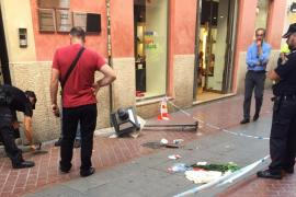 El niño herido grave tras caerle una farola en Palma, trasladado a un hospital de Alemania
