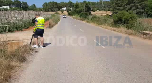Fallece un motorista tras salirse de la vía en Santa Gertrudis
