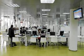 La falta de personal en Urbanisme retrasa la apertura de negocios