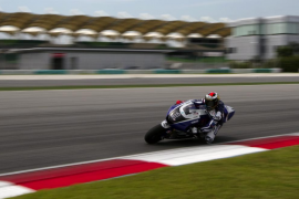 Lorenzo acelera