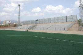 Muere un niño en Sevilla tras sufrir un balonazo en el pecho mientras jugaba a fútbol