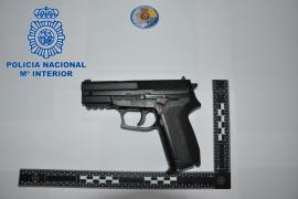 Detienen a un joven por robar a dos menores amenazándoles con una pistola de aire comprimido