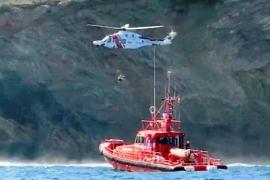 Espectacular rescate de un hombre herido en un accidente con una moto acuática en s'Estanyol