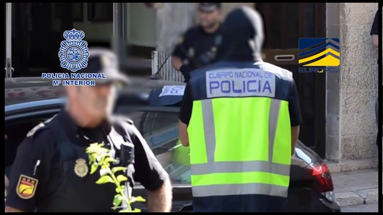 Los GEO trasladan en helicóptero a Madrid a los yihadistas detenidos en Mallorca