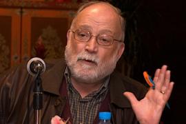 Arcadi Oliveres: «La política y la economía mundial están en manos de especuladores»
