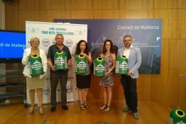 Más de 300 bares y restaurantes de Mallorca participan en un programa de reciclaje de vidrio