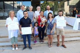 Reportajes sobre pisos patera y familias con discapacidad ganan el VIII Premio de Periodismo Alberta Giménez