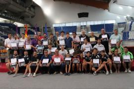 Cort homenajea a 30 equipos de fútbol y fútbol sala por sus ascensos