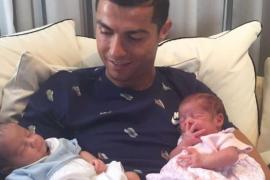 Cristiano Ronaldo confirma que ya han nacido sus hijos