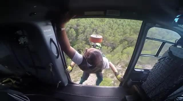 Rescatan a un cazador que sufrió una bajada de tensión en el Coll de sa Creu