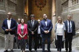 Medio millar de alcaldes catalanes reiteran la cesión de locales para el referéndum