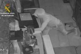 Detenido por doce robos en comercios y domicilios de Alcúdia
