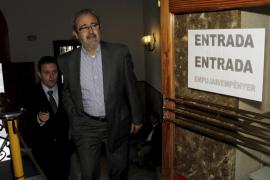 El ex gerente de la Funeraria niega haberse lucrado con la tumba que compró a Fageda
