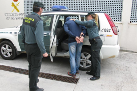 La Guardia Civil detiene a dos hombres por dos agresiones sexuales en Alcúdia