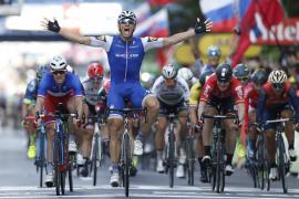 Marcel Kittel se regala en Lieja su décima victoria en el Tour