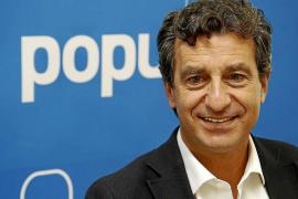 «El asunto de Gijón es muy triste, pero lo primero es el partido»