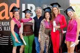Ceremonia de graduación en ESADIB