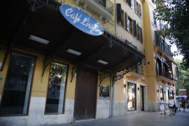 El Café Lírico aún sigue vivo
