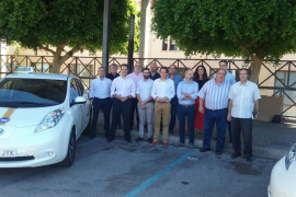 El Govern concede 6.000 euros de ayuda a los taxistas que compren un coche eléctrico