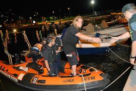 Rescatan y detienen a un hombre que quedó a la deriva en una zodiac robada en Andratx