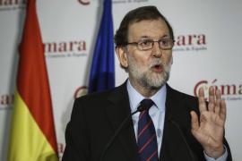 Rajoy pide confianza a los catalanes «sensatos» frente a los «delirios autoritarios»
