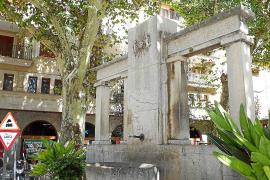 La polémica por la retirada de la cruz de los Caídos de Sóller se reactiva en las redes