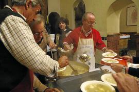 Cerca de 8.000 personas de Baleares sobreviven con una pensión de 350 euros al mes