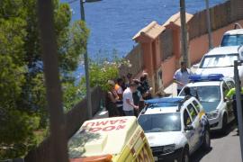 Una niña de tres años, rescatada en estado crítico de una piscina en el Port d'Andratx