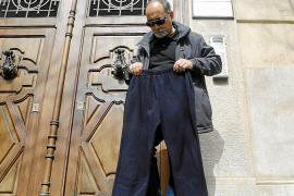 Multa de 21.500 euros a la empresa que vendía pantalones 'peligrosos' en Pere Garau