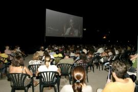 Los municipios de Mallorca se suman al ciclo de cine 'A la fresca en català'