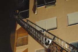 Arde un sexto piso en la calle Balmes