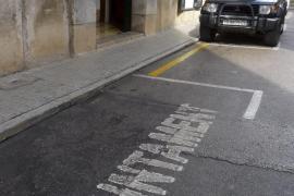 El Ajuntament dispone de quince plazas de aparcamiento reservadas para autoridades