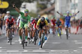 Repoker de Kittel para la historia y susto para Contador