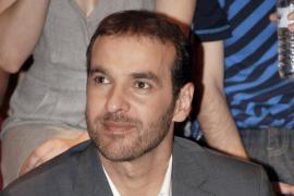 Preocupa el estado de salud de Luis Merlo