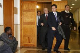 El magistrado impone la fianza de 1,6 millones de euros a Matas que pedía el fiscal por el 'caso Ópera'